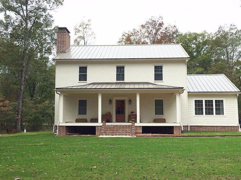 Tour this Southern Greek Revival farmhouse