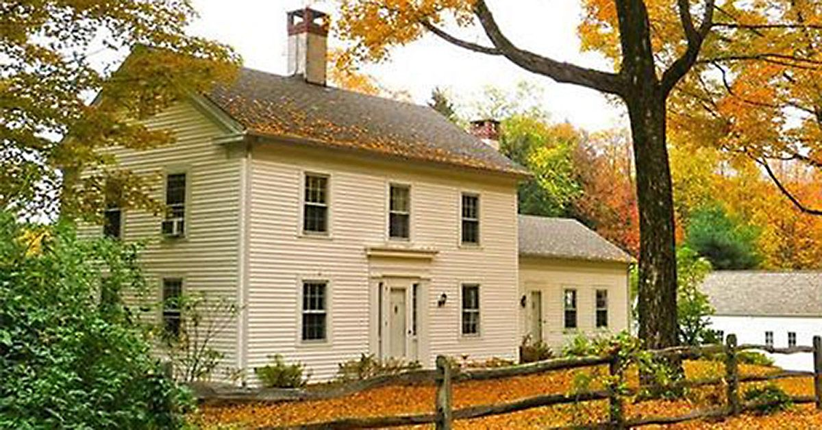 Walk Into This 1759 Farmhouse And Peek At Its Gorgeous
